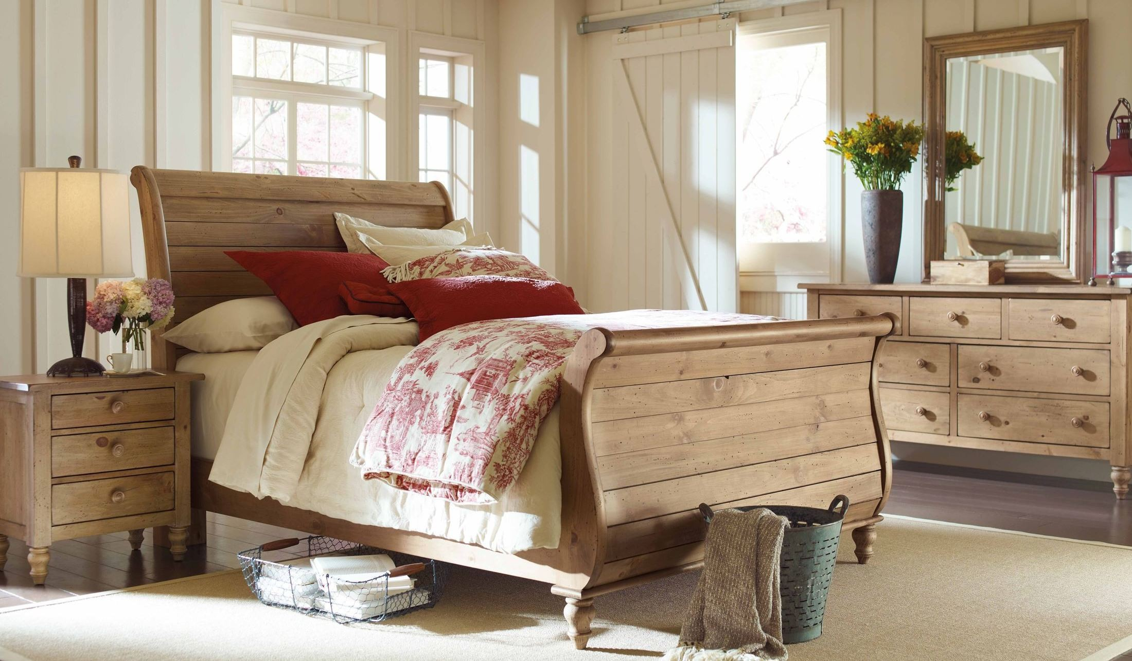 Homecoming Vintage Pine Sleigh Bedroom Set From Kincaid 33 150p Coleman Furniture