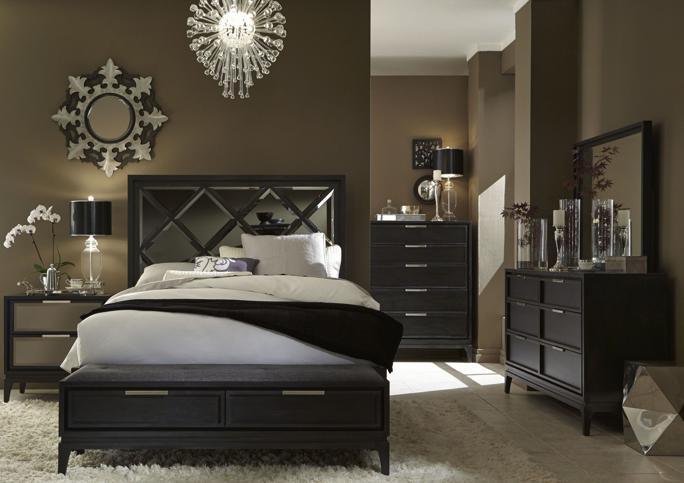 Marquis brown mirrored queen panel bed 352 940kq casana for Mirror queen bed
