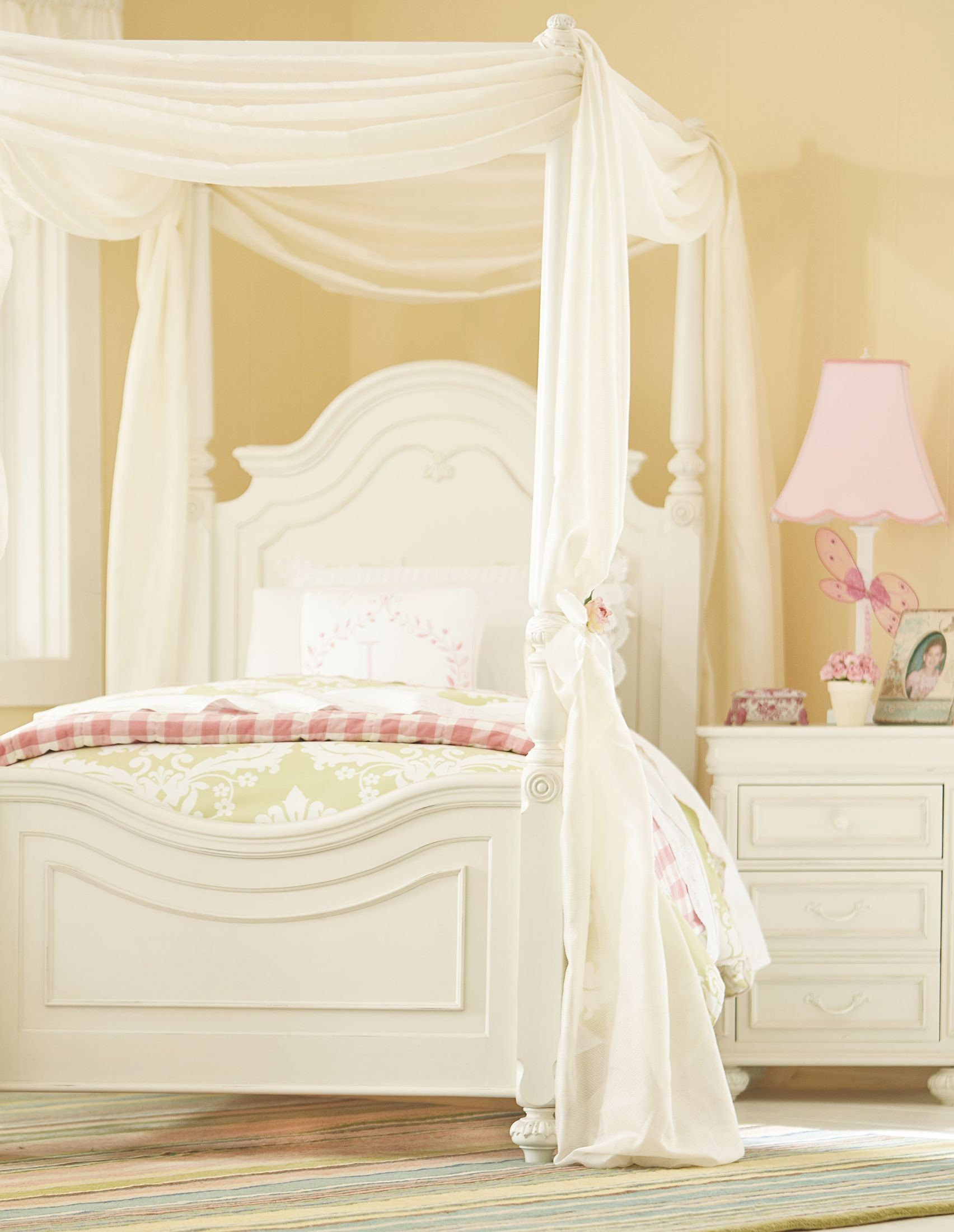 Charlotte Youth Low Poster Canopy Kit Bedroom Set From Legacy Kids 3850 4433k Coleman Furniture