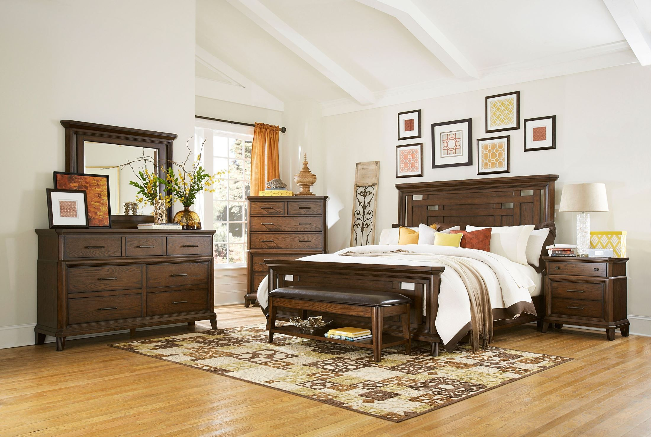 Estes Park Panel Bedroom Set from Broyhill 4364 250 251