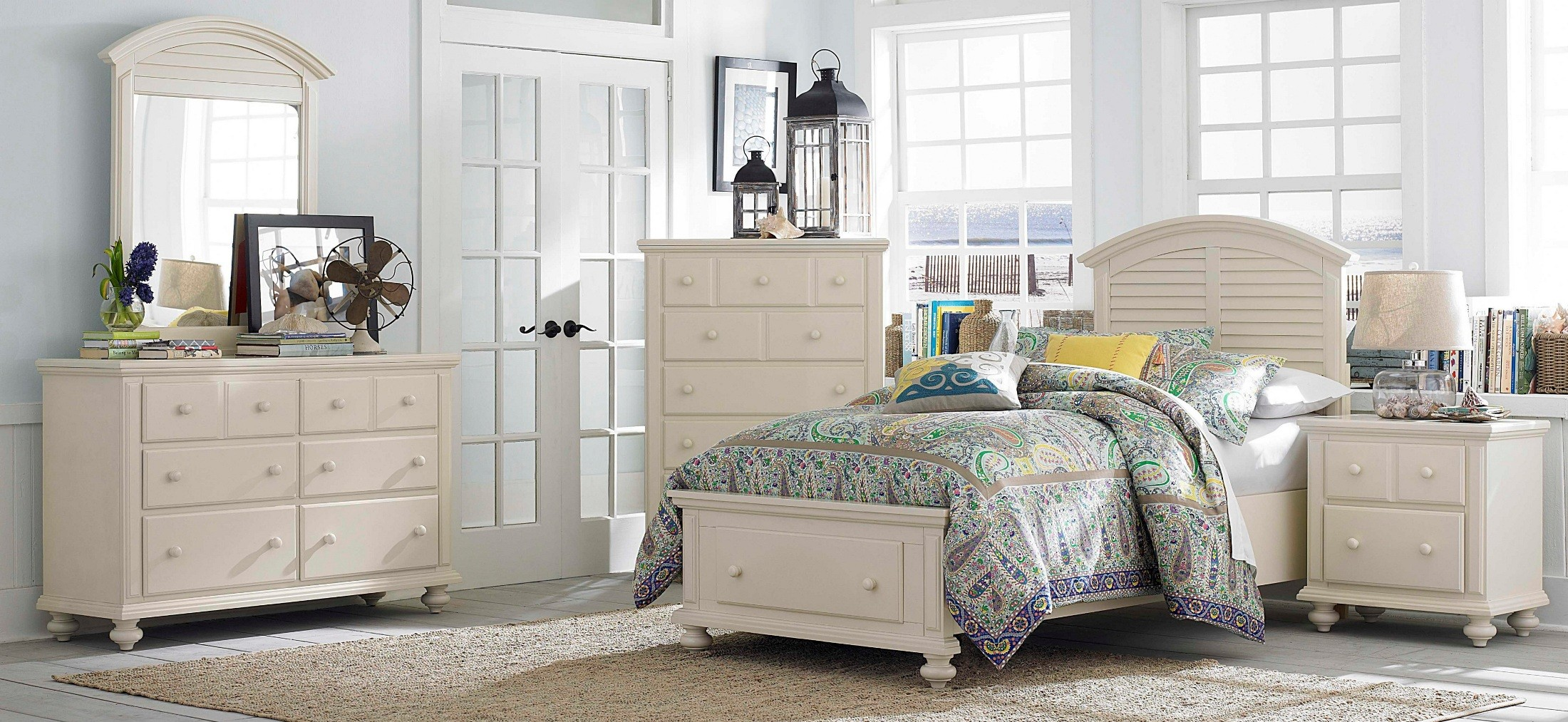 Seabrooke Storage Panel Bedroom Set From Broyhill 4471 250 253 460 Coleman Furniture