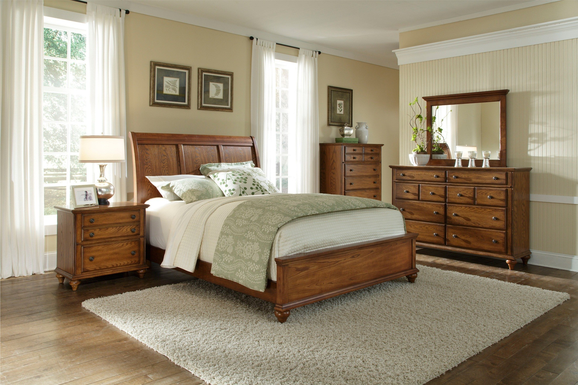 Hayden place oak sleigh bedroom set 4645 270 271 450 - Broyhill hayden place bedroom set ...