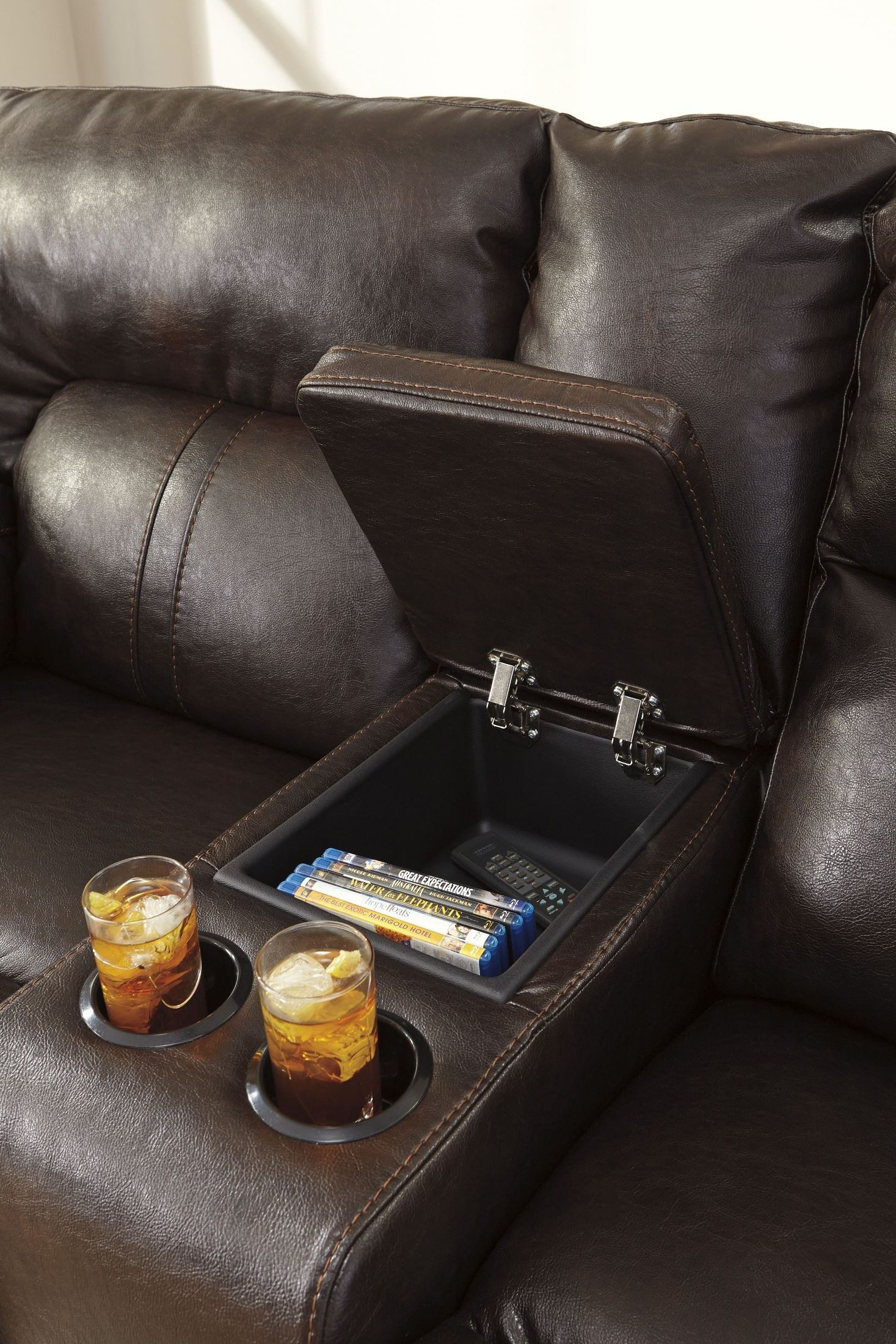 Barrettsville Durablend Chocolate Double Reclining Console