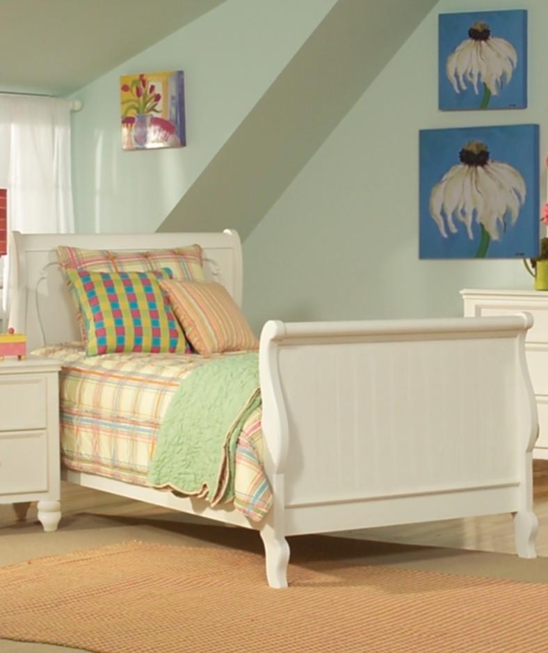 summer breeze sleigh bedroom set legacy furniture 481 south shore summer breeze 3 piece kids twin bookcase
