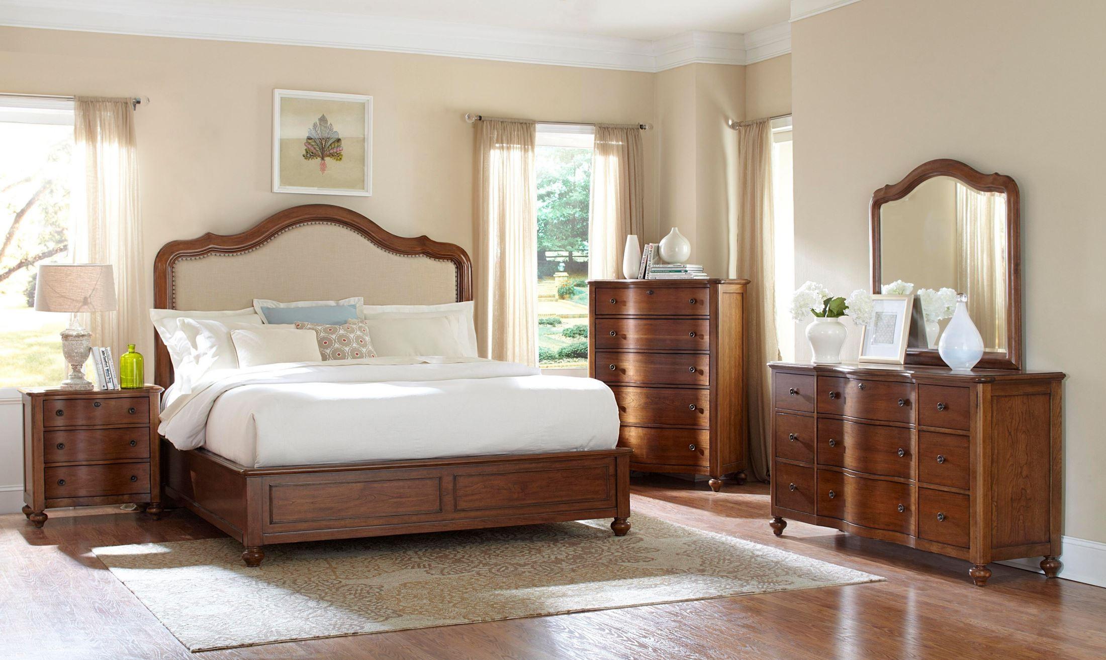 Creswell Drawer Dresser 4818 230 Broyhill