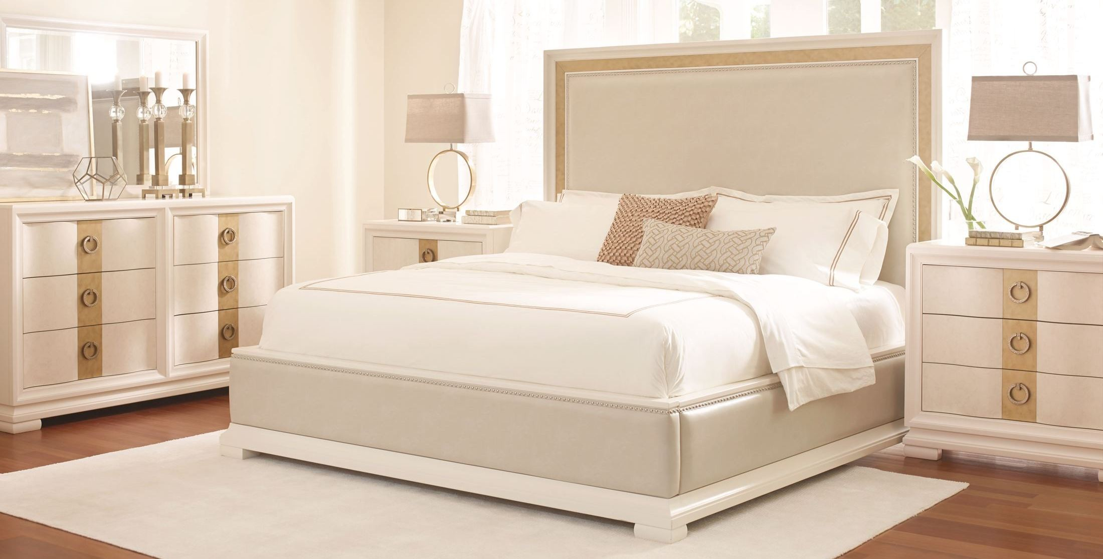 Pearl Bedroom Set 28 Images Cassimore Pearl Silver Sleigh Bedroom Set Bedroom Sets Pearl