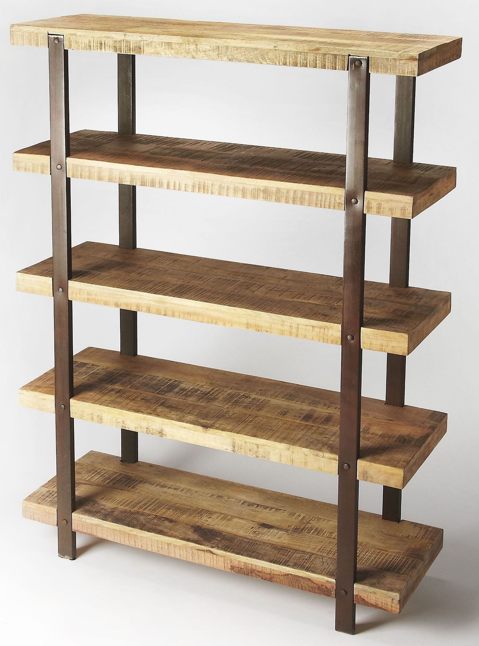 Atherton industrial chic etagere 5182330 butler for Etagere campagne chic