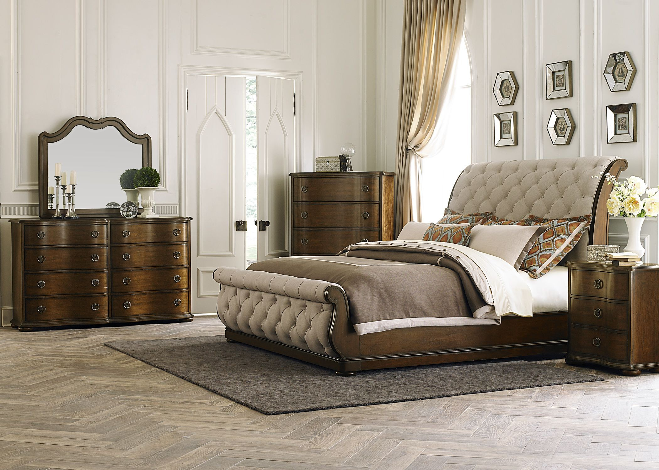 Liberty Cotswold King Panel Bed