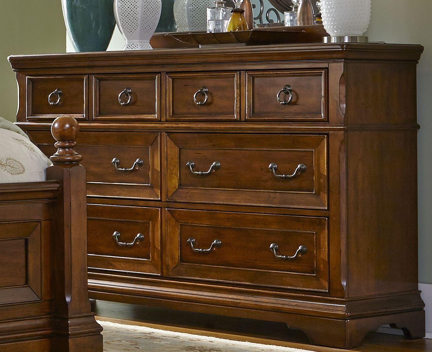 Laurelwood chestnut 6 drawer dresser 547 br31 liberty for Laurel wood