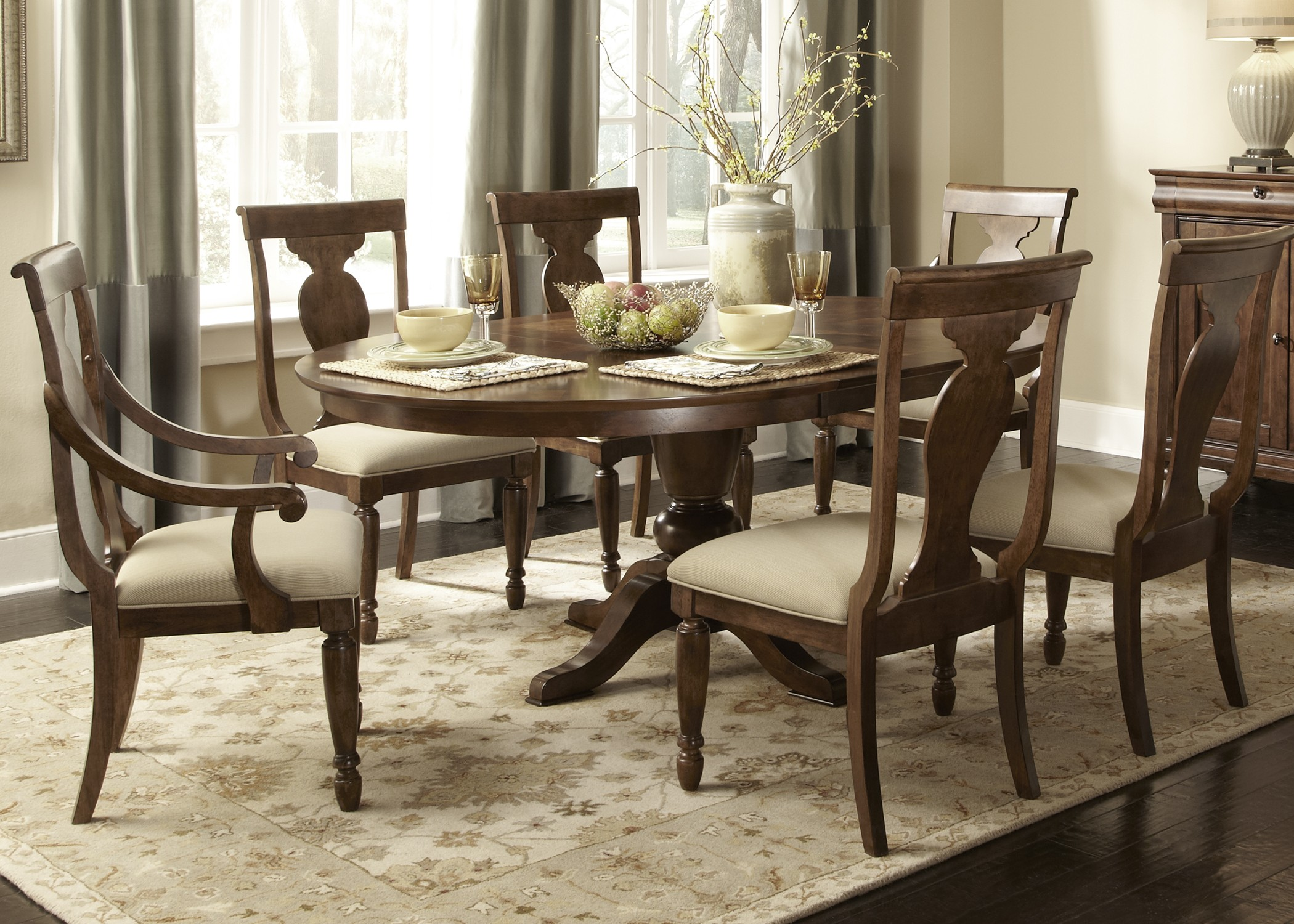 Rustic Tradition Oval Pedestal Dining Room Set From Liberty 589 T5472 P5472