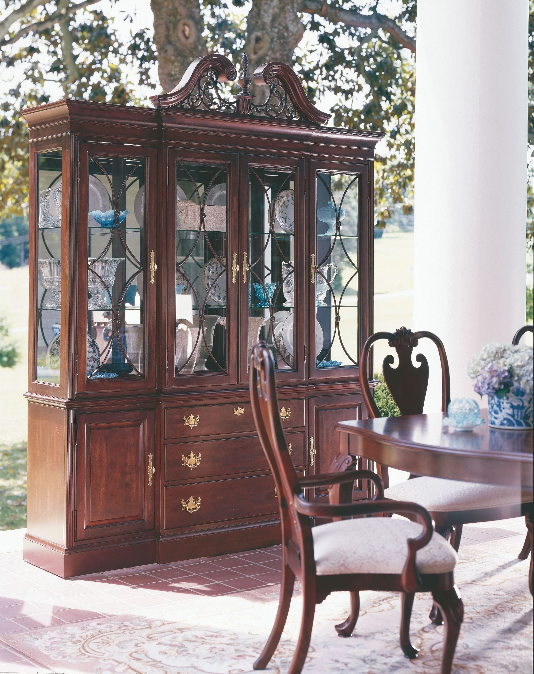 Carriage House Double Pedestal Dining Room Set 60 057P