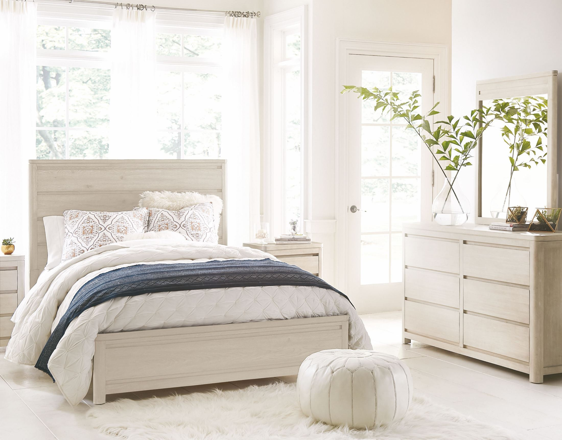 Indio By Wendy Bellissimo White Sand Panel Bedroom Set 6811 4105k Legacy Classic