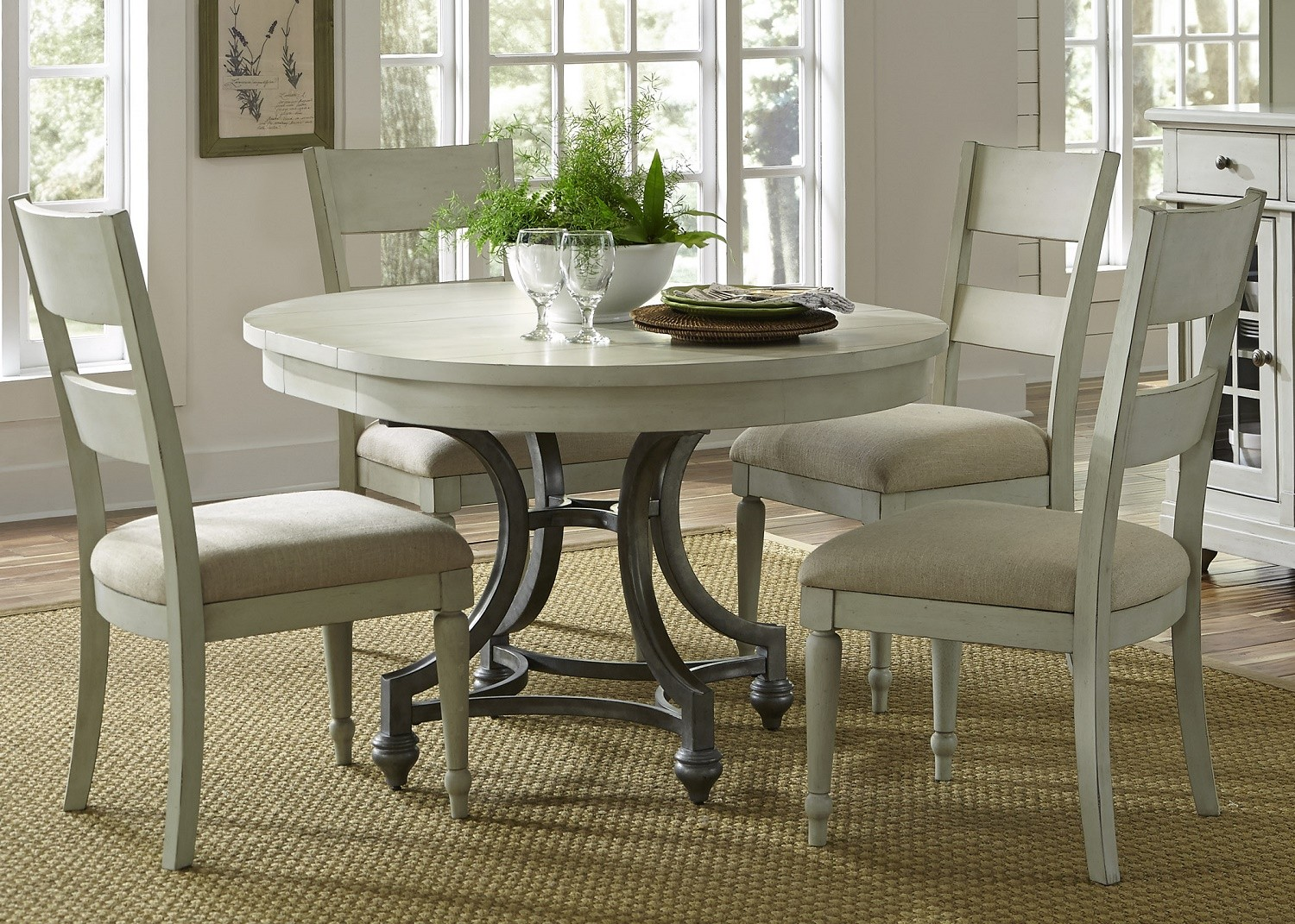 Harbor View Iii Round Extendable Dining Room Set From Liberty 731 T4254 Coleman Furniture