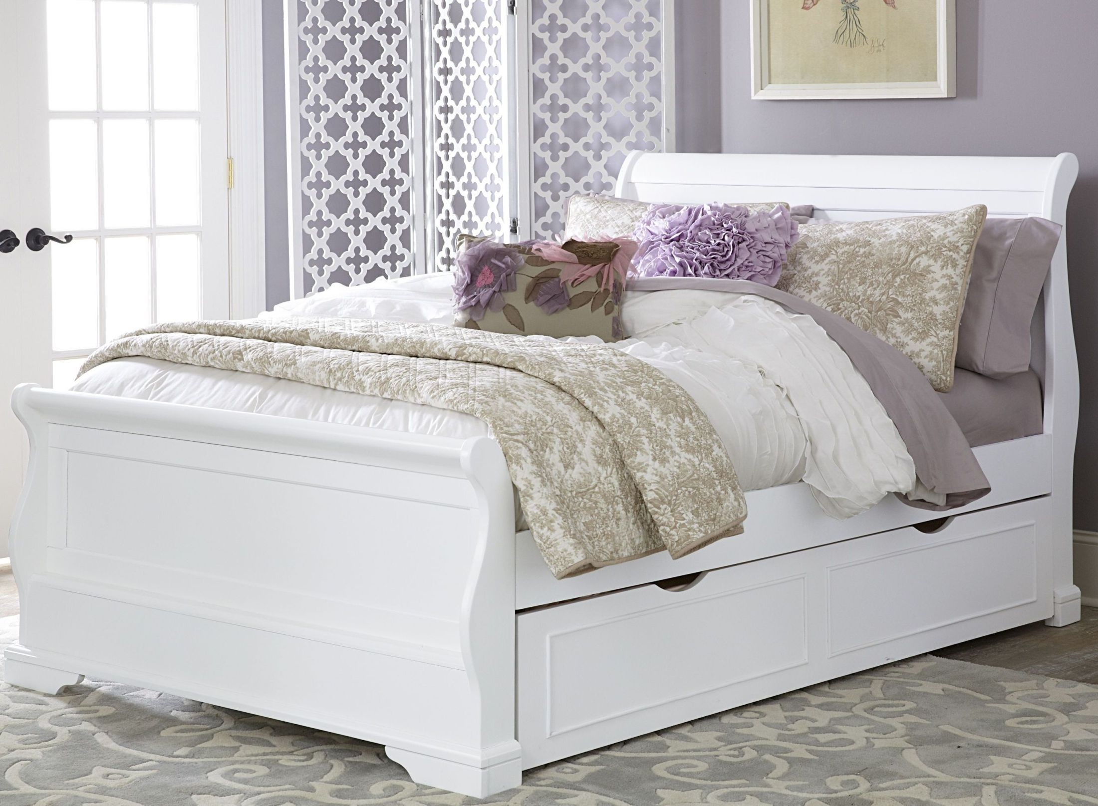 Walnut Street White Riley Full Sleigh Bed With Trundle ...
