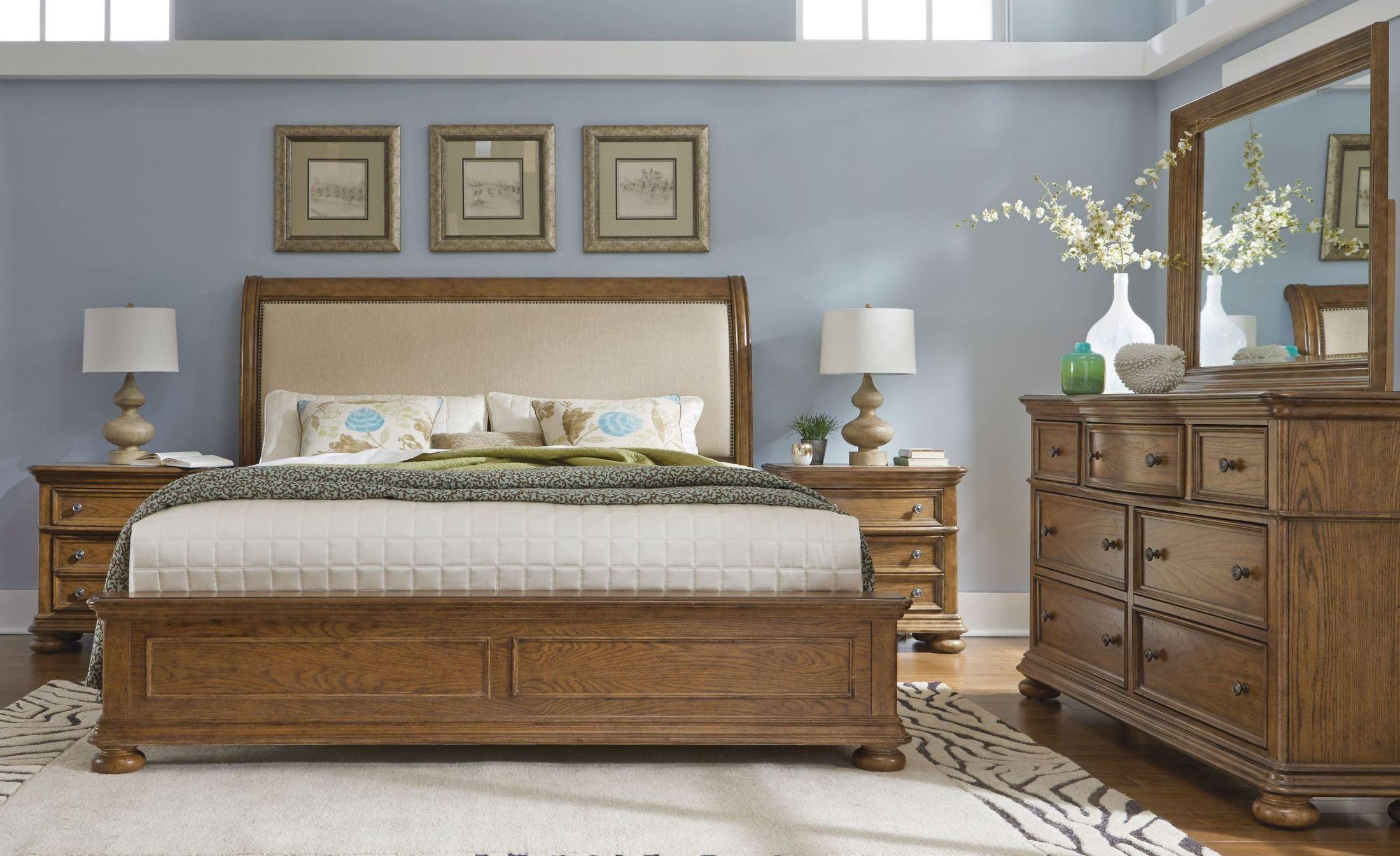 Paxton upholstered sleigh bedroom set from samuel lawrence 8674 250 251 400 coleman furniture for Upholstered sleigh bedroom set