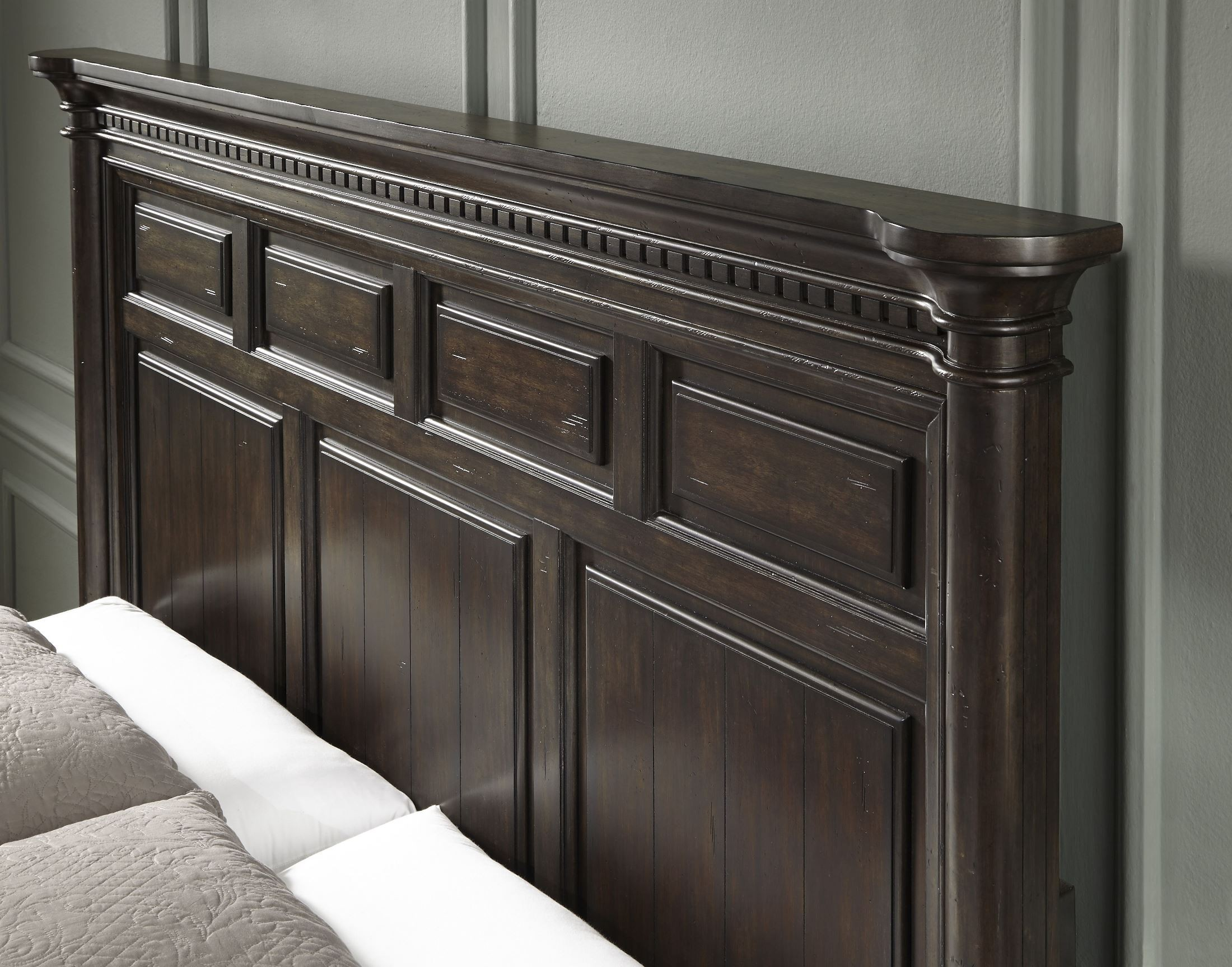 Grand Manor King Panel Bed From Samuel Lawrence 8920 270 271 400 Coleman Furniture