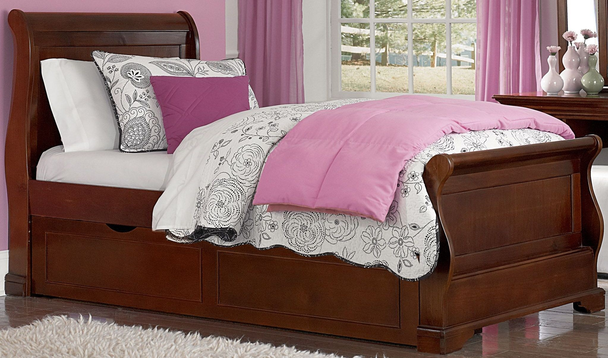Walnut Street Chestnut Riley Twin Sleigh Bed With Trundle