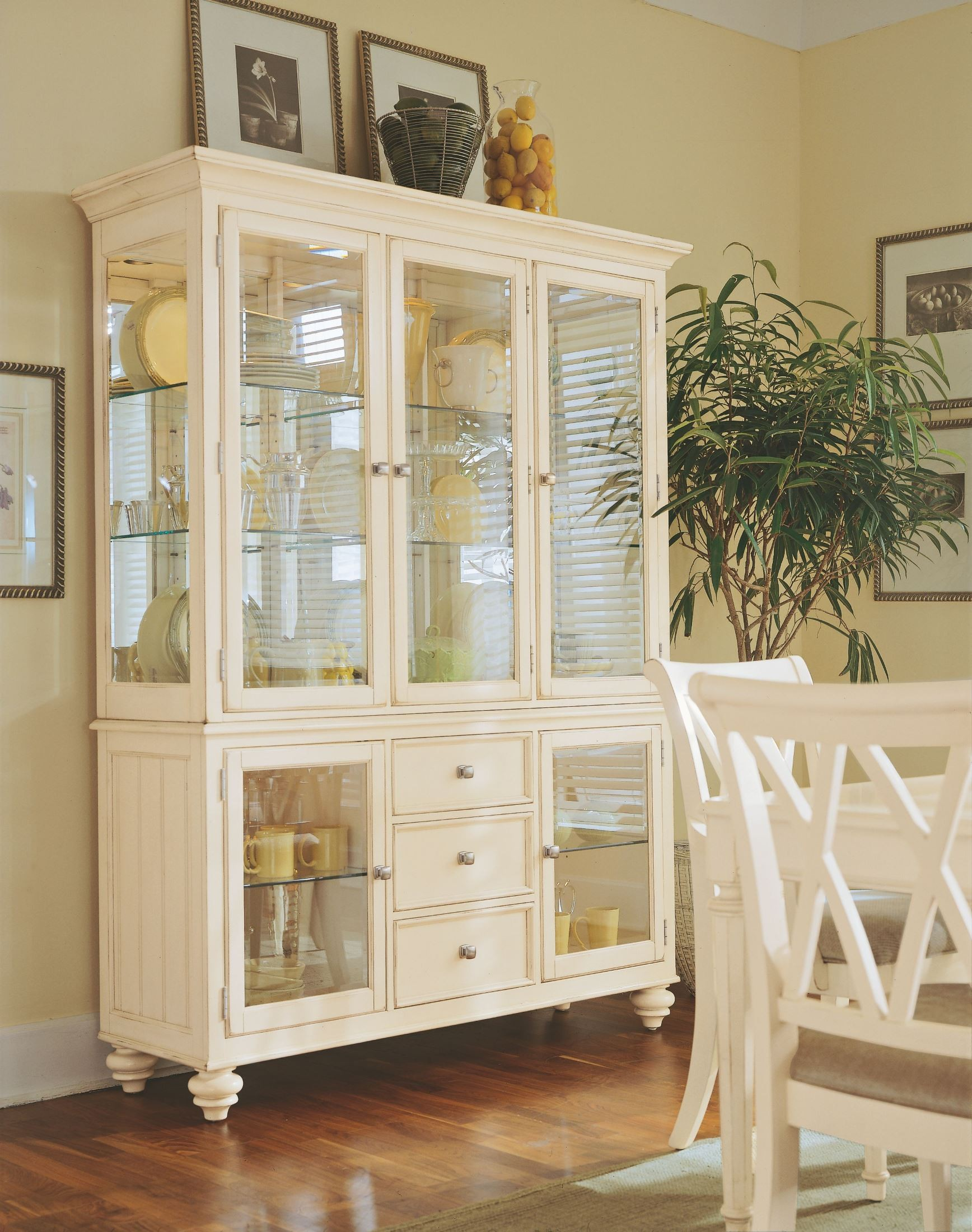 Camden Buttermilk China Cabinet from American Drew (920-830R ...