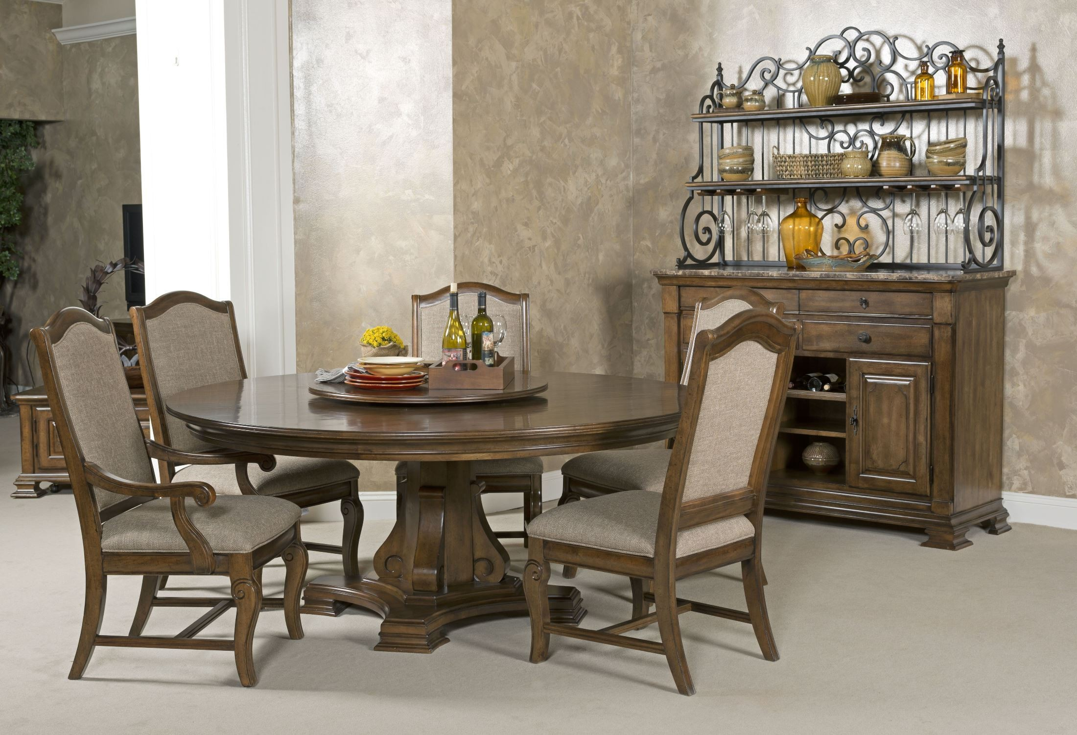 60 round dining room