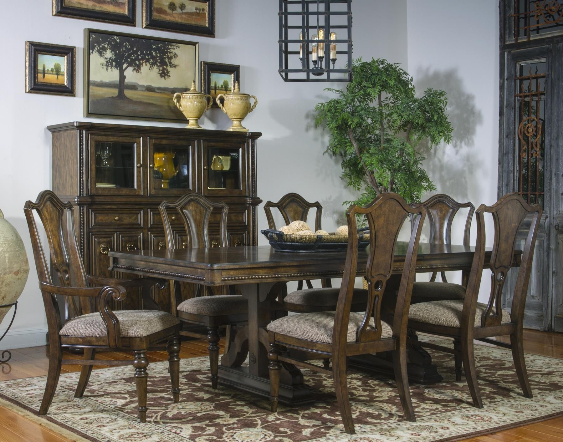 Canyon creek vintage oak extendable trestle dining room for Fairmont designs dining room