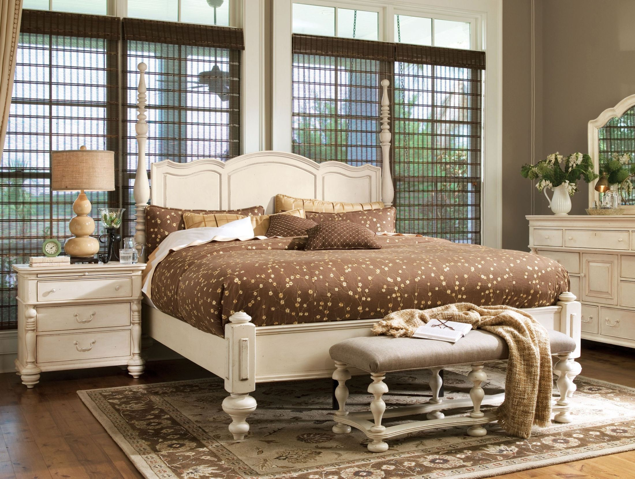 Paula deen home linen savannah poster bedroom set from - Paula deen bedroom furniture collection ...