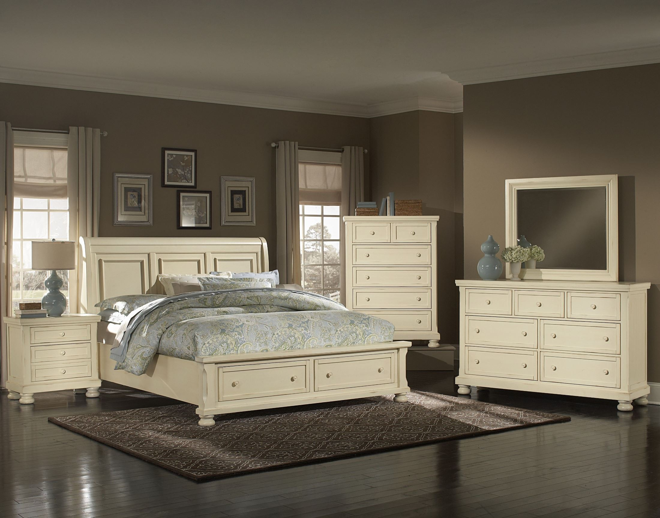reflections parchment sleigh storage bedroom set 536 553