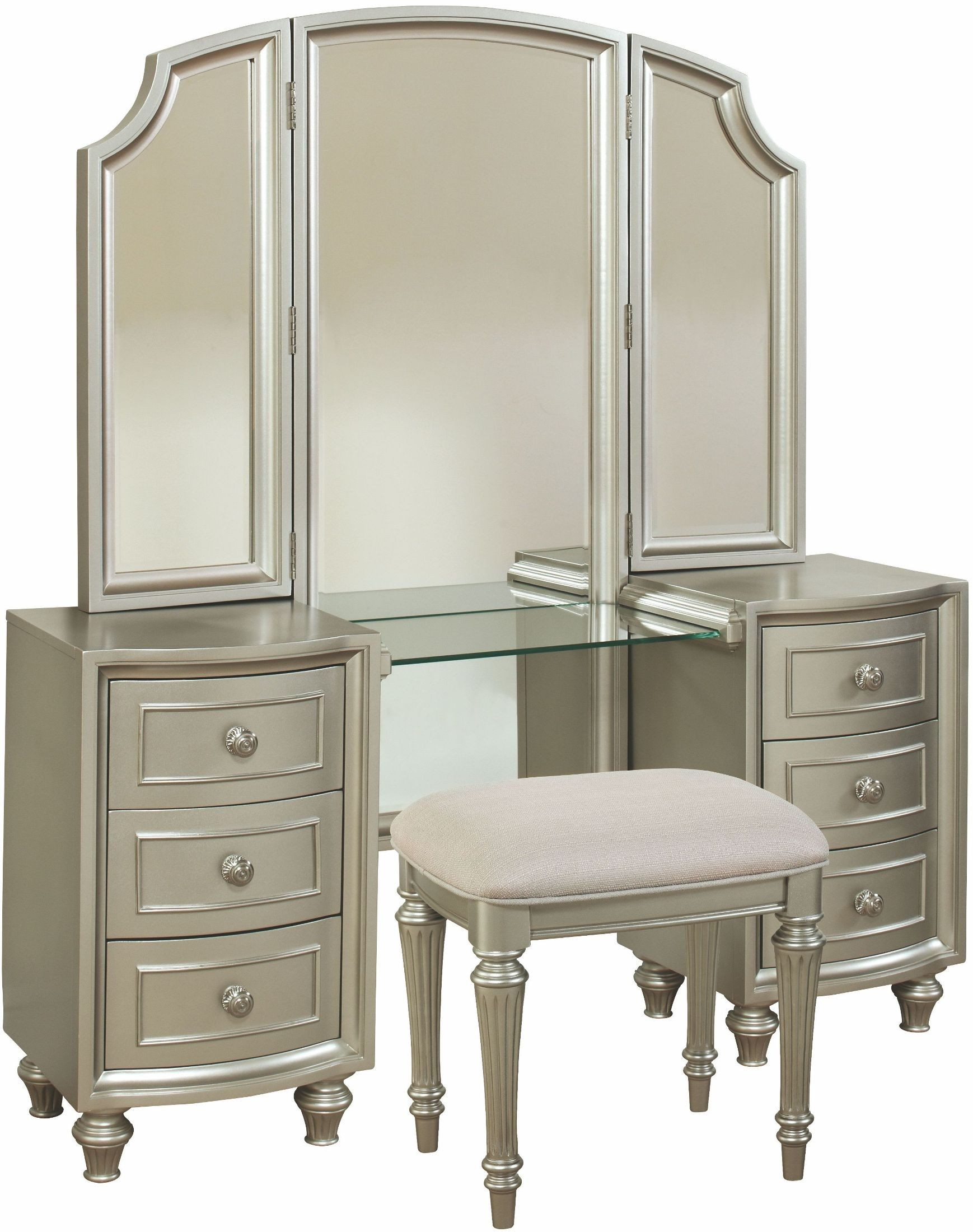 Regency park pearlized silver panel bedroom set b00481 5h for Silver bedroom furniture