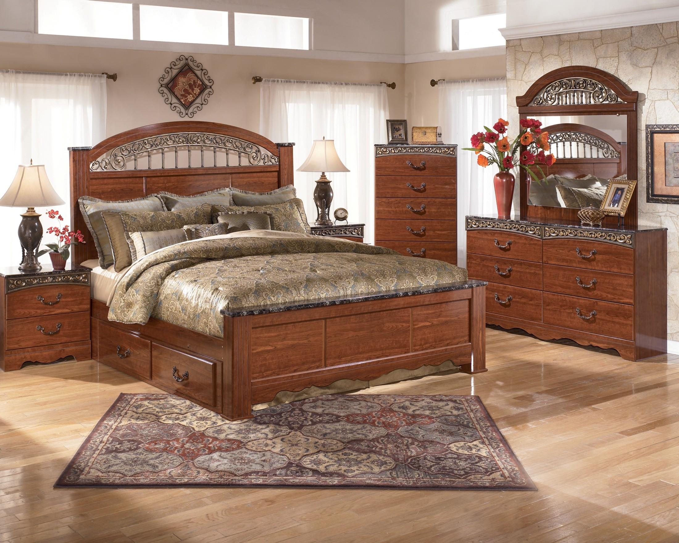 Fairbrooks Estate Poster Bedroom Set From Ashley B105 67 64 98 Coleman Furniture