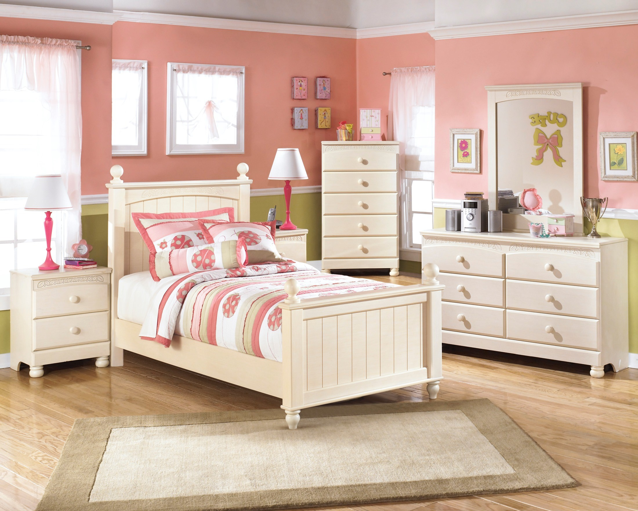 Cottage retreat twin poster bed from ashley b213 51n 52n for Cottage retreat ii
