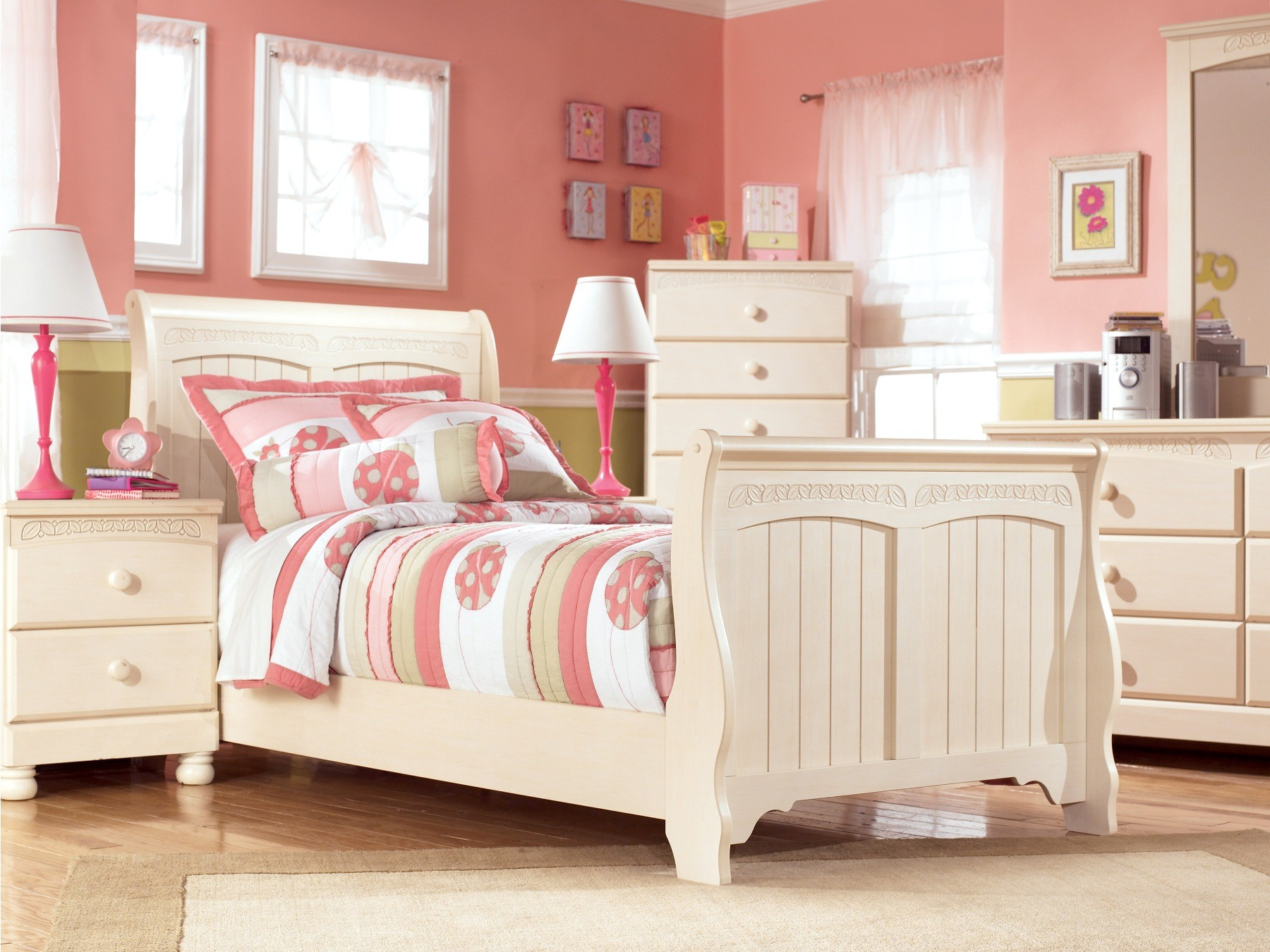 Cottage retreat youth sleigh bedroom set from ashley b213 62 63 82 coleman furniture for Cottage retreat bedroom set