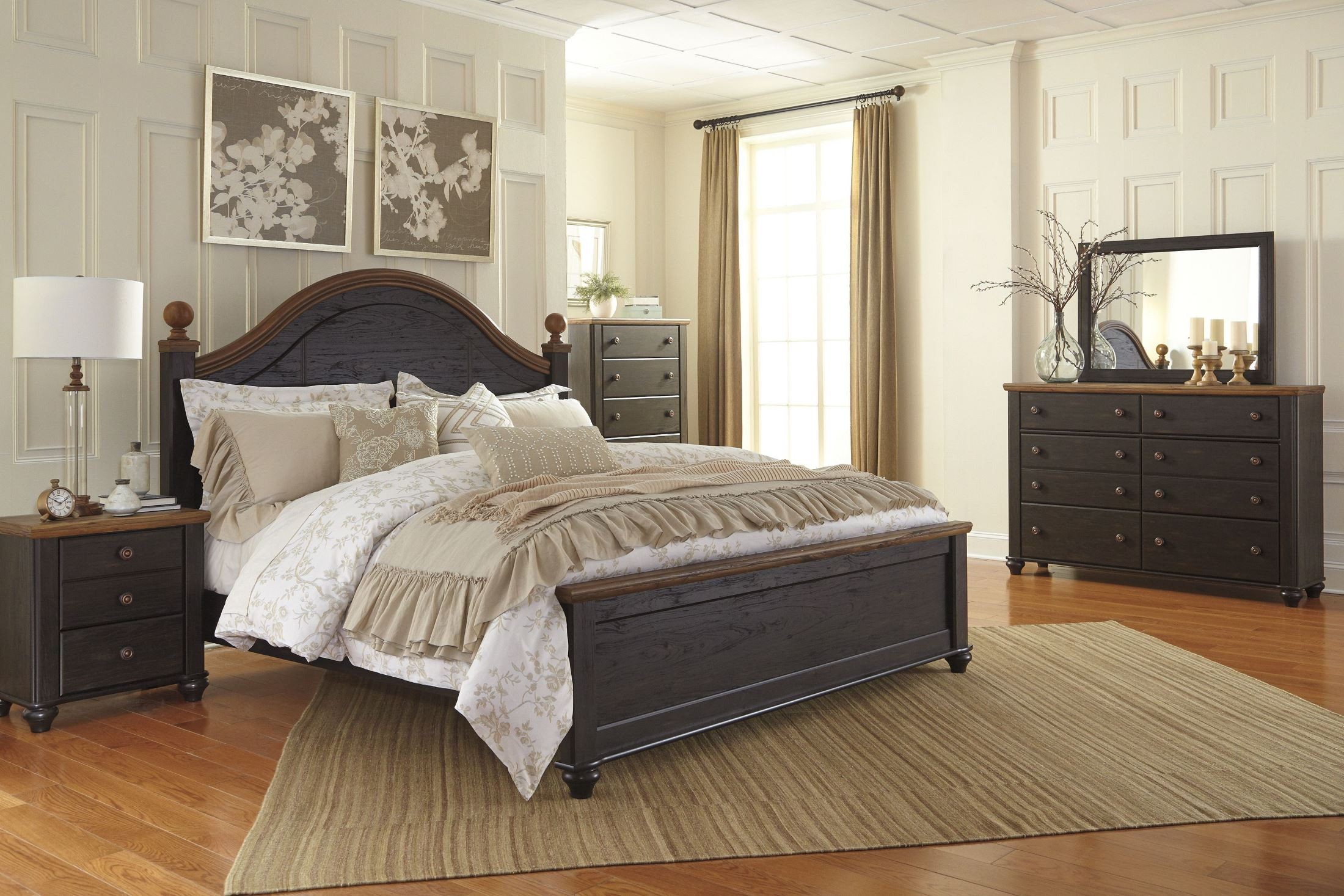 Maxington Black And Reddish Brown King Panel Bed From Ashley B220 68 56 95 Coleman Furniture