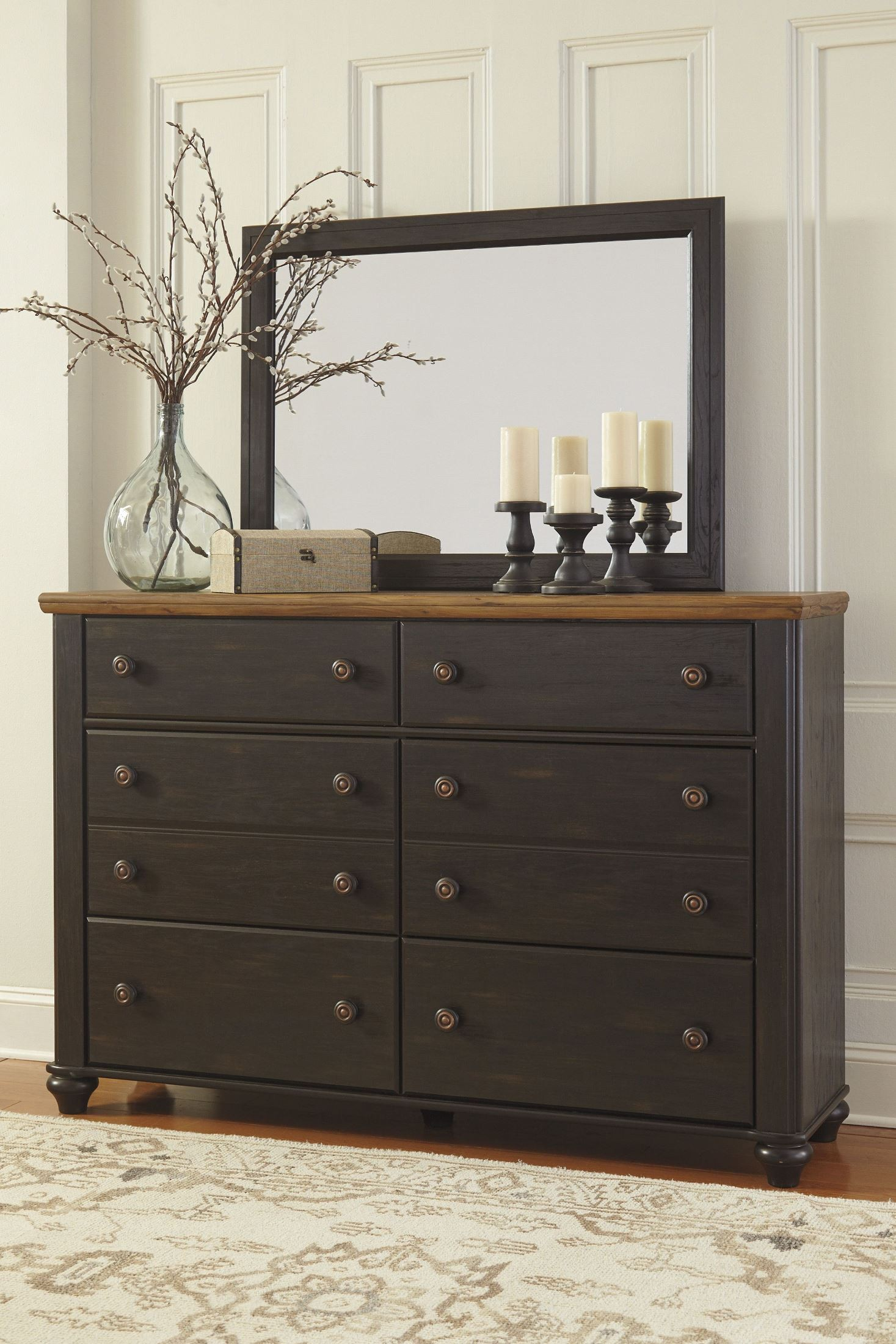 Maxington black and reddish brown panel bedroom set from for Dark brown bedroom furniture sets