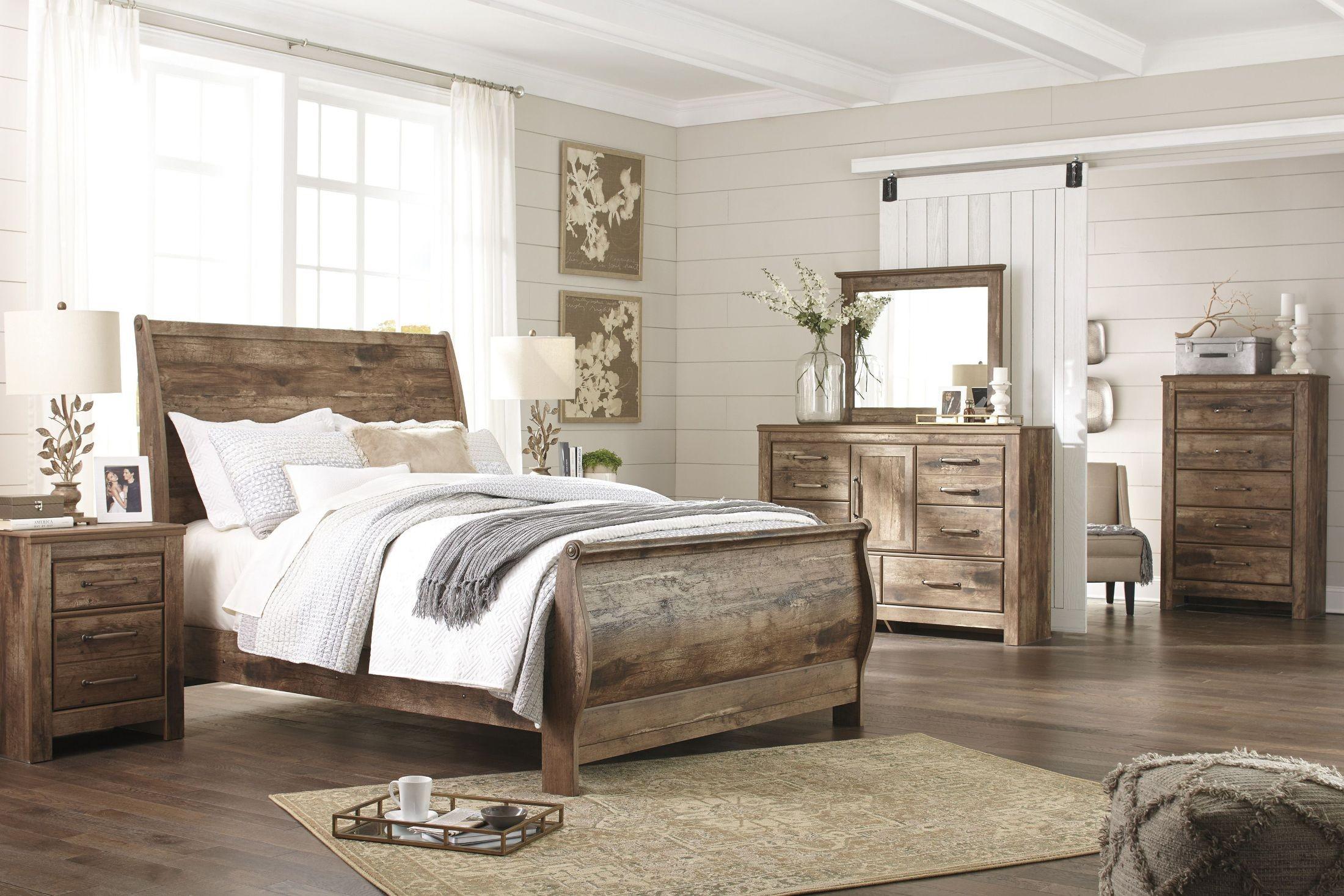 Blaneville brown sleigh bedroom set b224 74 77 98 ashley for Bedroom furniture sets b q