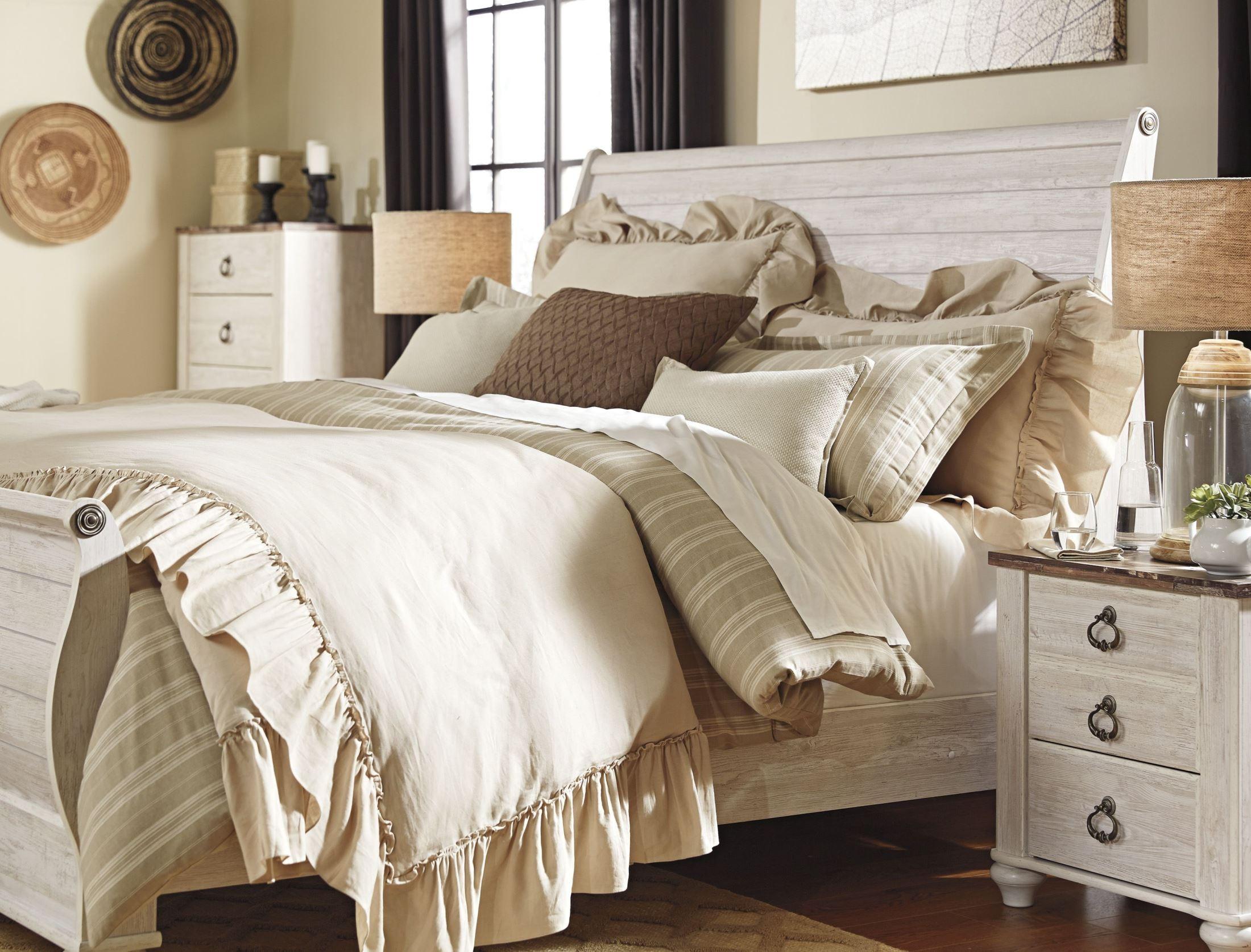willowton whitewash sleigh bedroom set b267 74 77 96 ashley