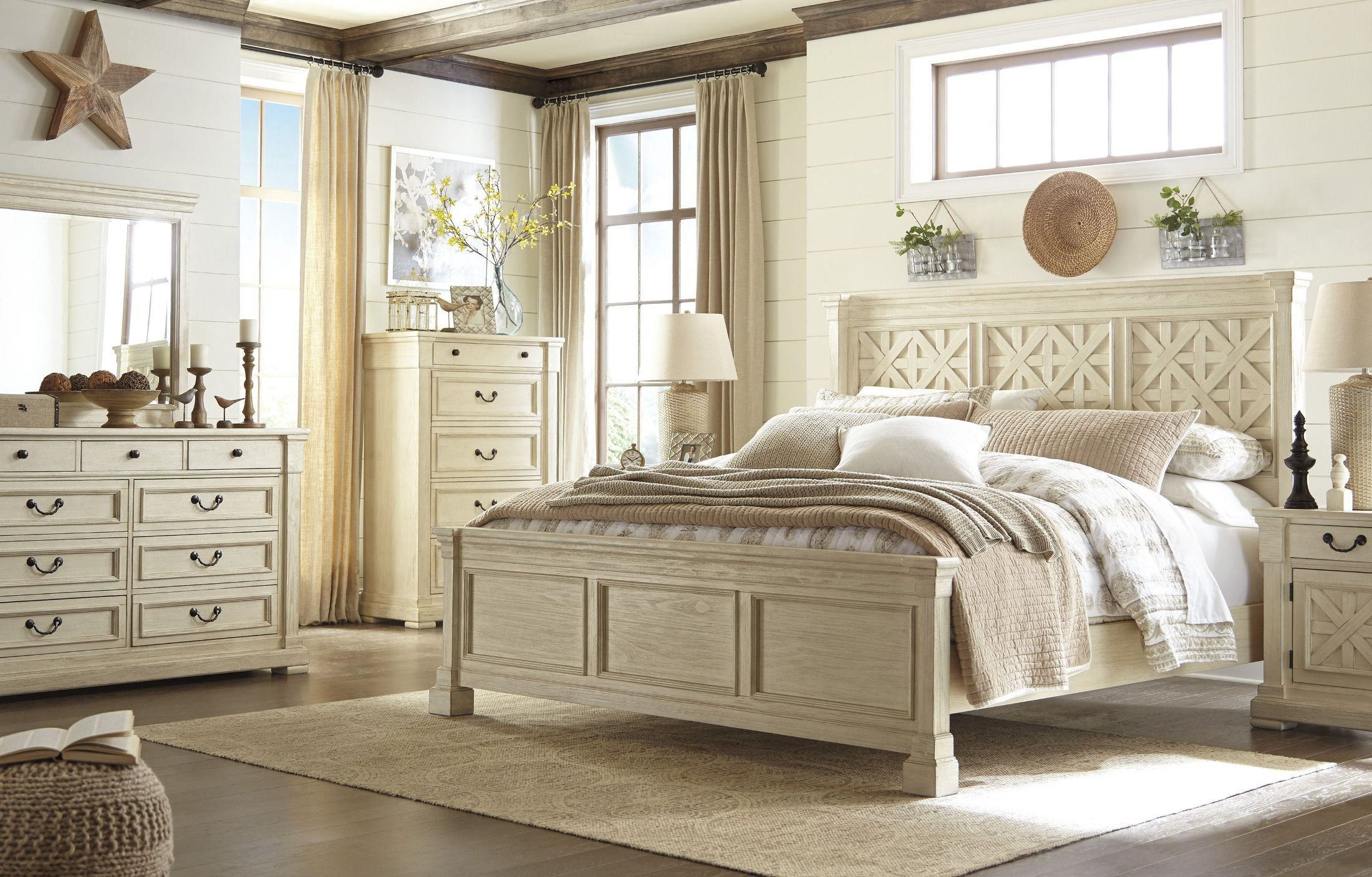 Bolanburg White Panel Bedroom Set, B647-54-57-96, Ashley