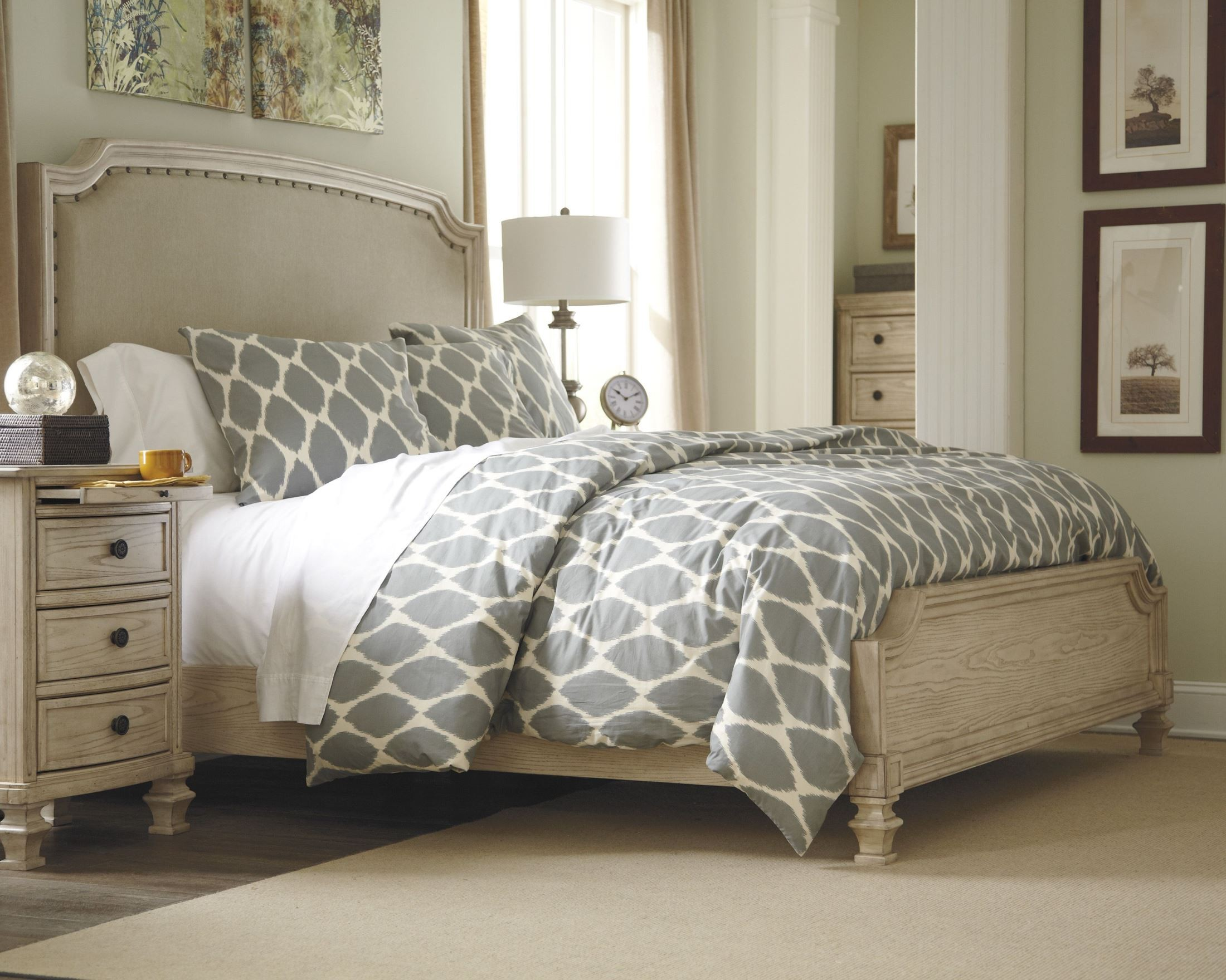 Demarlos queen upholstered panel bed from ashley b693 77 74 96 coleman furniture for Demarlos upholstered panel bedroom set