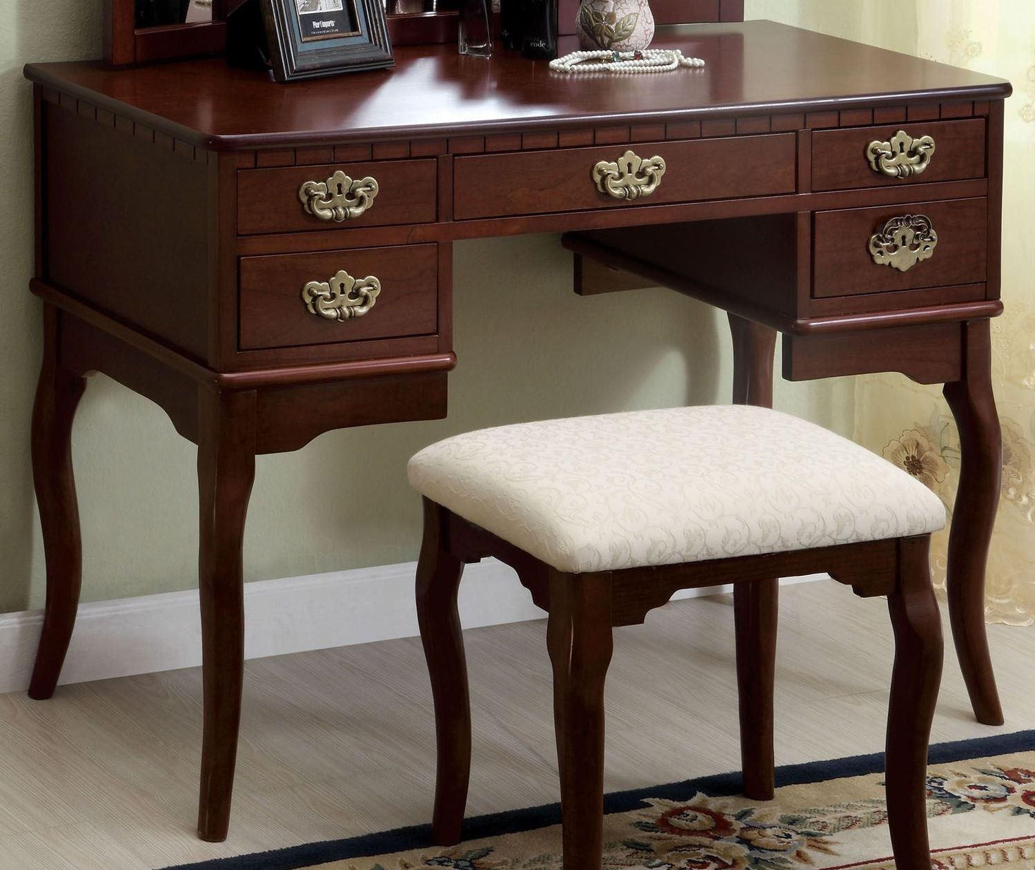 Ashland Cherry Vanity Table from Furniture of America CM