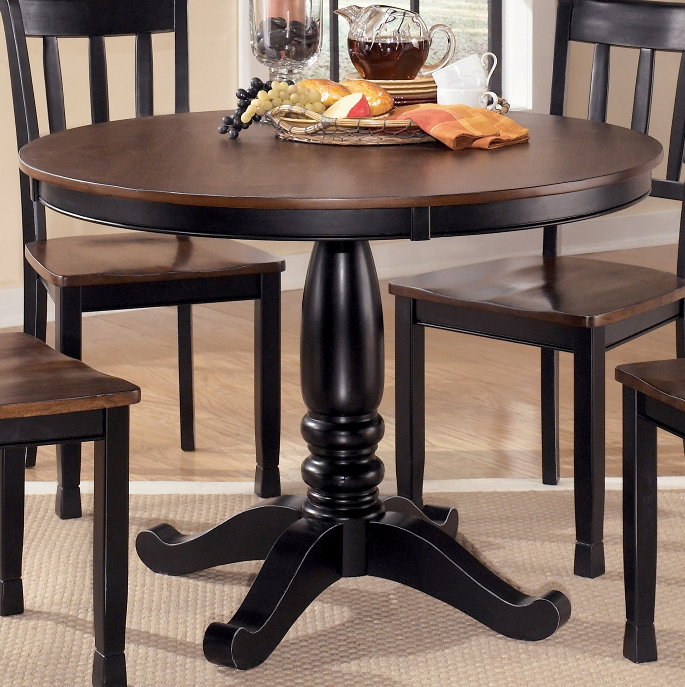 owingsville round dining room table from ashley d580 15b 15t coleman furniture. Black Bedroom Furniture Sets. Home Design Ideas