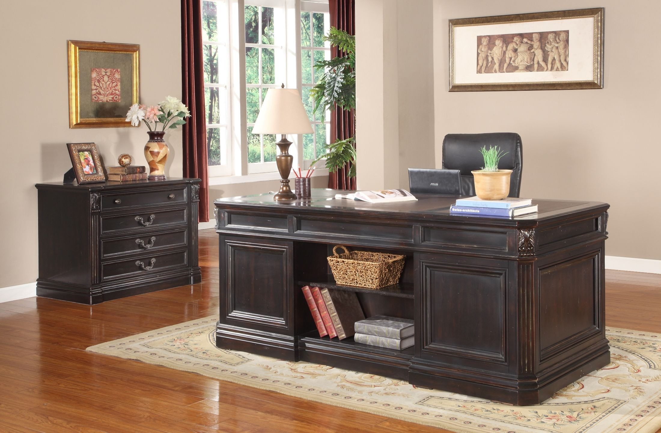 Grand Manor Palazzo Double Pedestal Executive Desk from