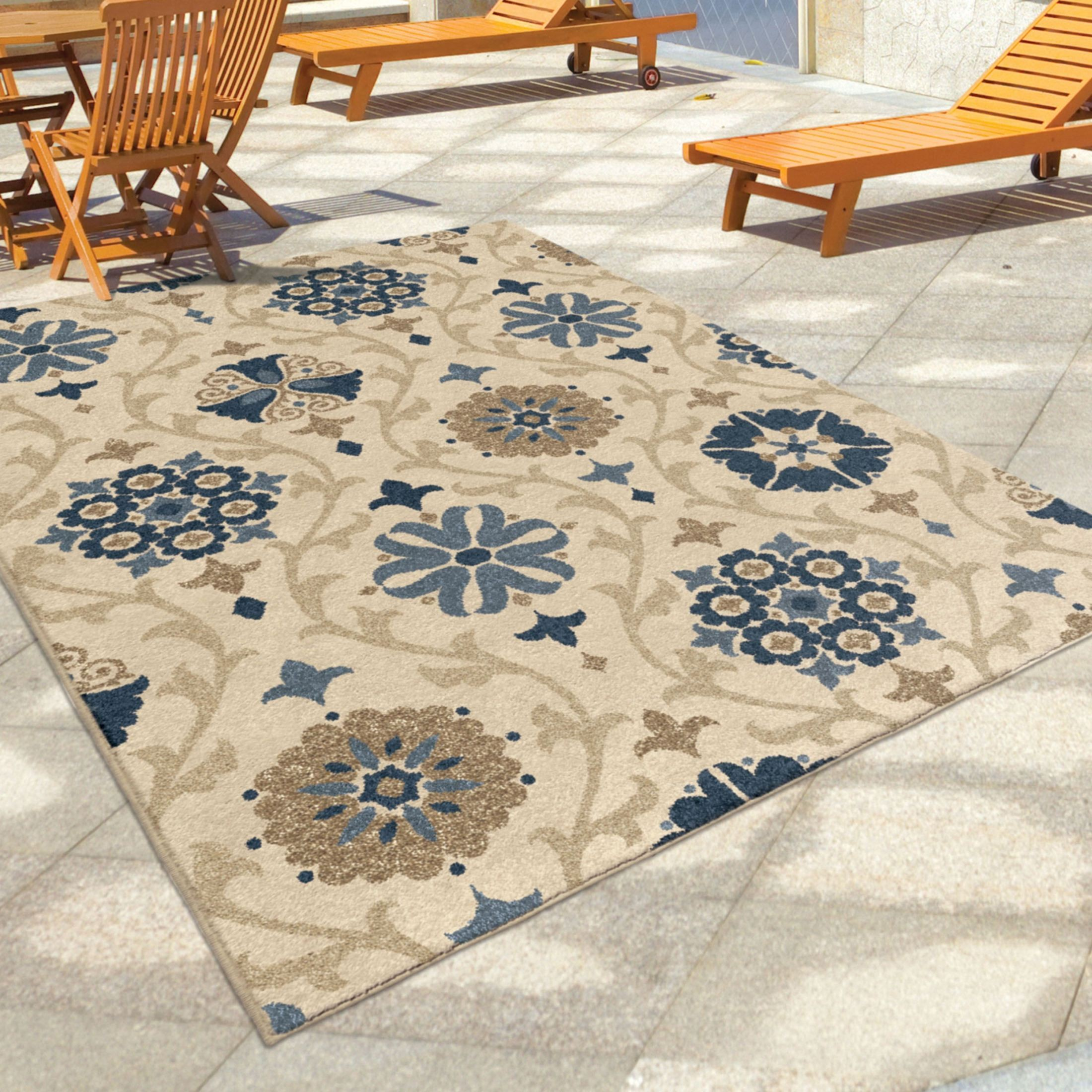 Orian Rugs Indoor Outdoor Scroll Floral Chico Ivory Area