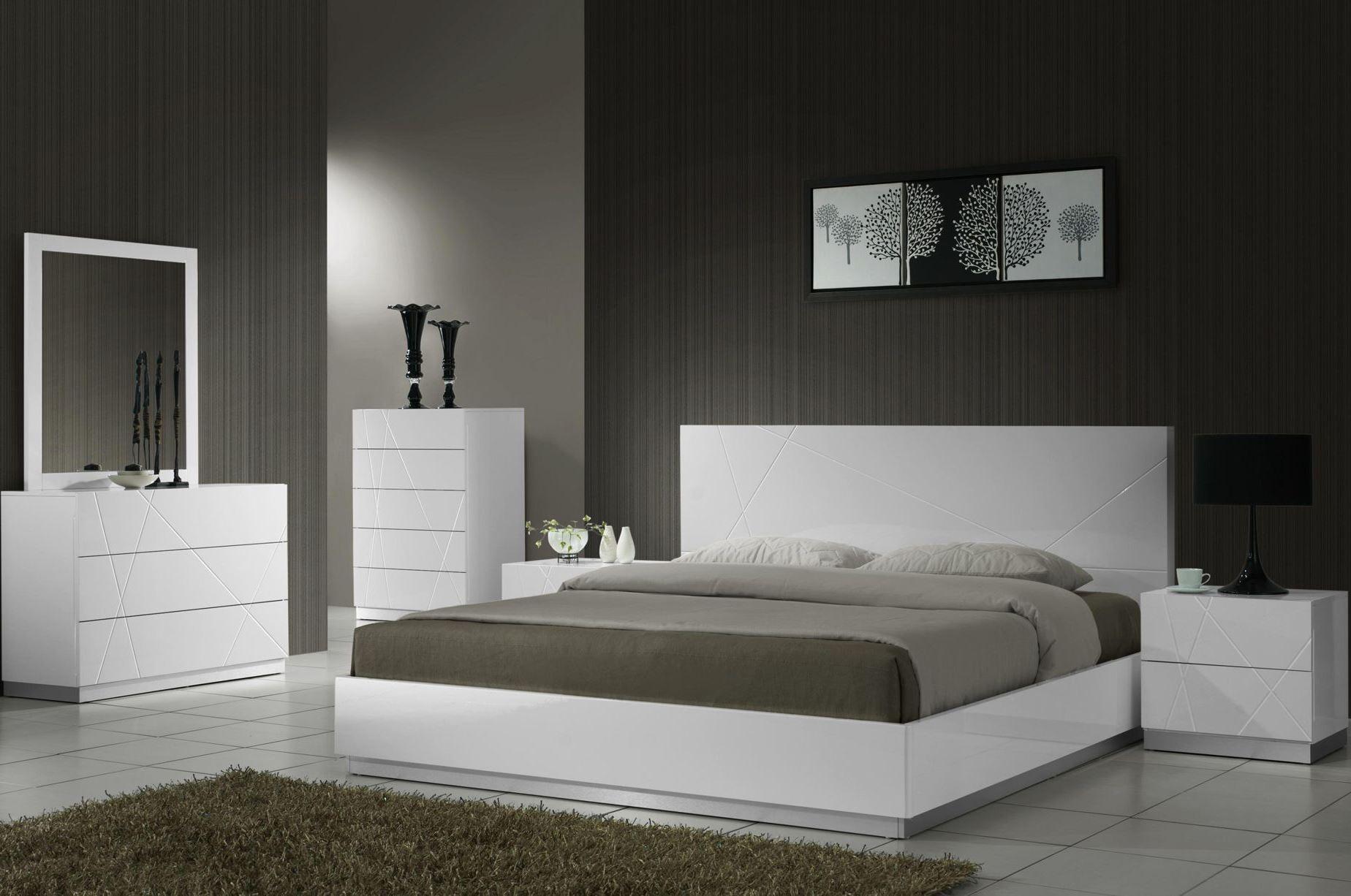 Naples white lacquer platform bedroom set from j m 17686 for Platform bedroom sets