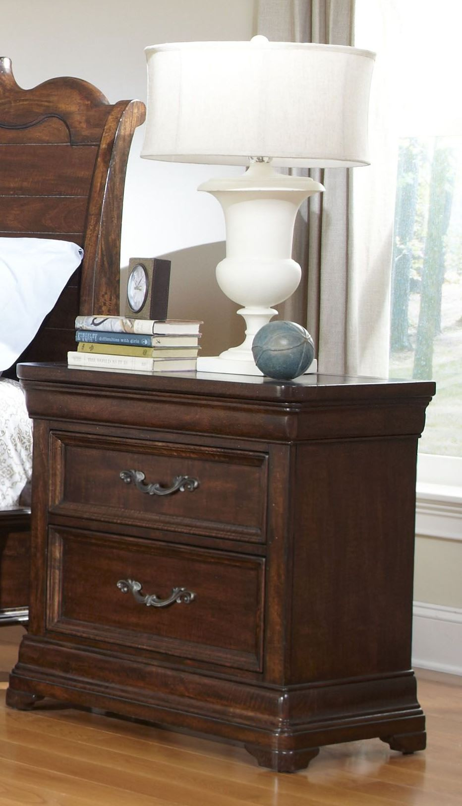 Signature sleigh storage bedroom set from american for Signature bedroom furniture