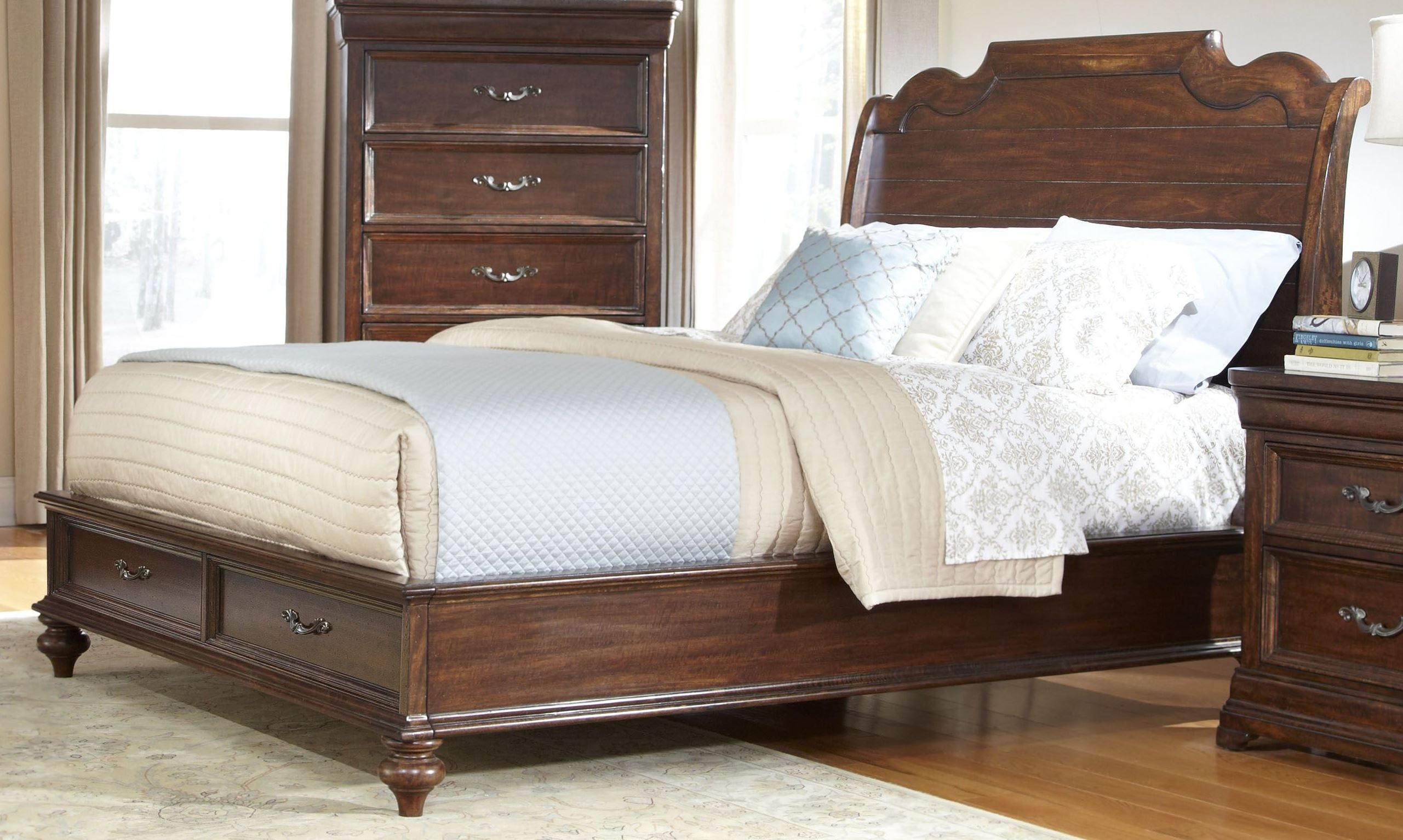 signature queen sleigh bed from american woodcrafters 8000 954 956 882 coleman furniture. Black Bedroom Furniture Sets. Home Design Ideas