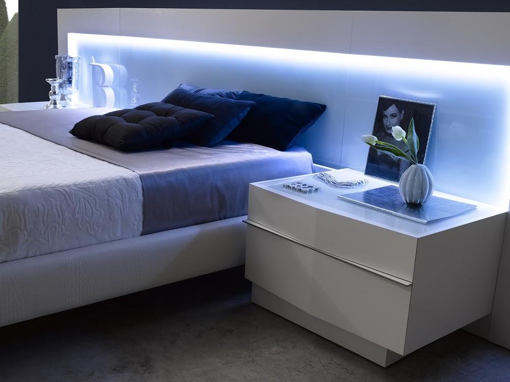 Valencia platform bedroom set from j m 1793212 q for J m bedroom furniture