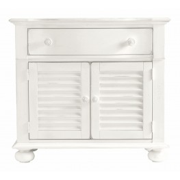 Coastal Living Saltbox White Summerhouse Chest