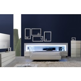Valencia Platform Bedroom Set