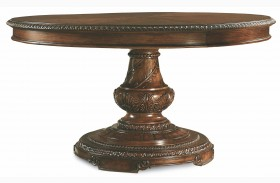 Pemberleigh Extendable Round to Oval Table