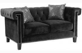 Reventlow Black Loveseat