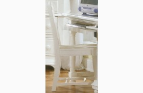 Cottage Traditions White Chair
