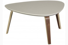 Tisdale Medium Ivory Cocktail Table